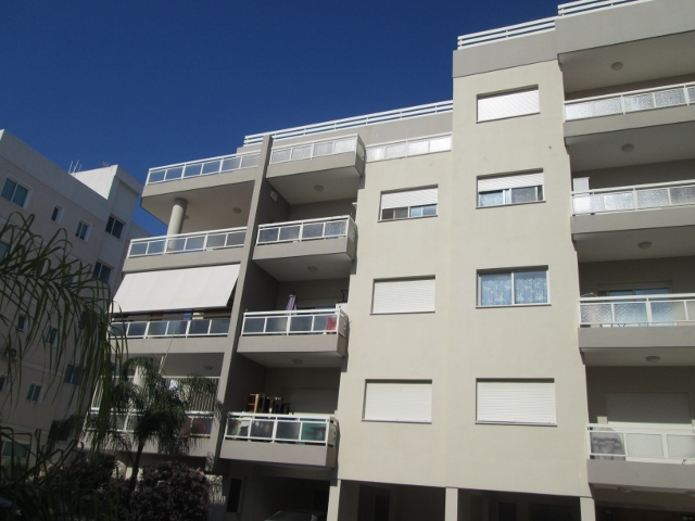 1 Bedroom F F Apartment Near Alasia Hotel